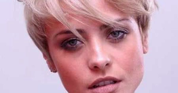 beautiful corte cabelo curto liso feminino design-Beautiful Corte Cabelo Curto Liso Feminino Imagem
